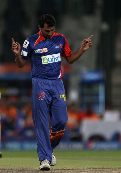 Mohammad Shami Celebrates In His Cool Style After Taking Wicket Of Faf Du Plessis