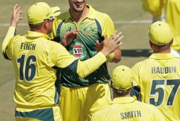 Mitchell-Starc fastest to 100 wickets