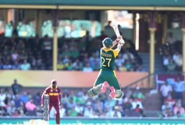 12 Freakish cricketing shots