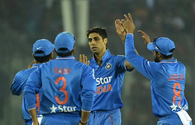 Ashish Nehra Team India Wicket celebrations