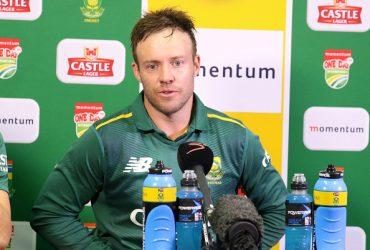 AB-de-Villiers-speaks-to-the-media