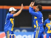 Shoaib Akhtar (R) celebrartes with captain Sachin Tendulkar