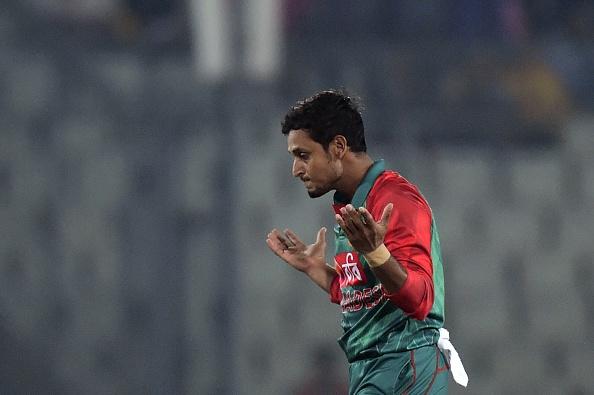 Bangladesh cricketer Arafat Sunny reacts after the dismissal of the Zimbabwe cricket captain Elton Chigumbura