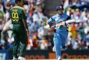 Waqar Younis and Sachin Tendulkar