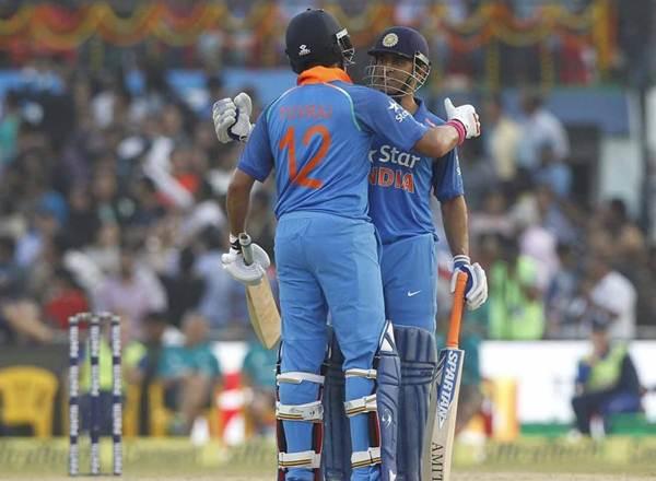 Virender Sehwag praises MS Dhoni & Yuvraj Singh India Cricketing Trends