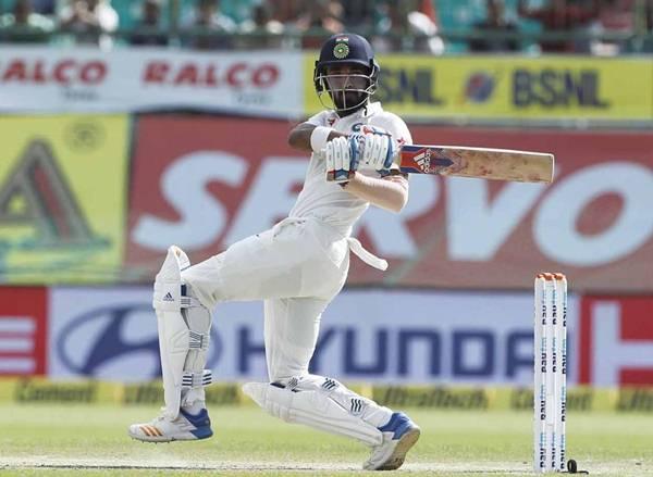 KL Rahul bats during Day 4 India