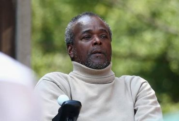 Winston Davis