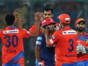 Gujarat Lions captain Suresh Raina greets to Rishabh Pant of Delhi Daredevils who scored 97 runs