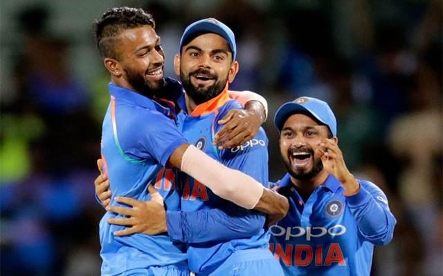 Hardik Pandya and Virat Kohli India v Australia