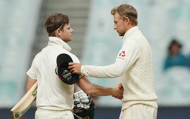 Steve Smith of Australia and Joe Root of England