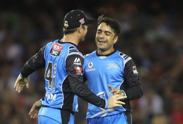 Adelaide Strikers' Rashid Khan and David Warner