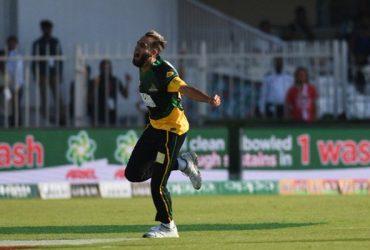 Imran Tahir celebrates his hat-trick