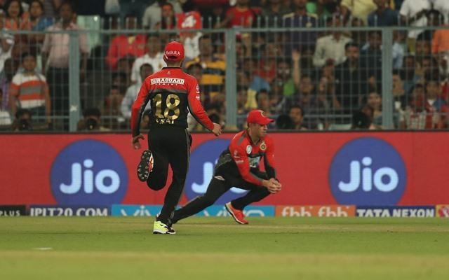 AB de Villiers catch