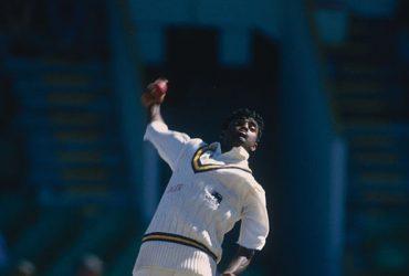 Sri Lanka defeated Pakistan 2-1