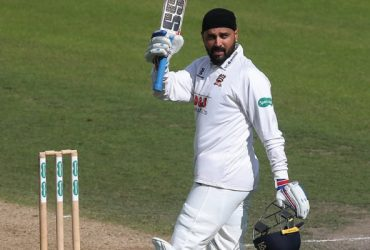 Murali Vijay Essex-Cricket