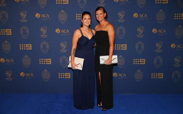 Jess Jonassen and Sarah Wearn