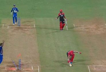 Akshdeep Nath and AB de Villiers
