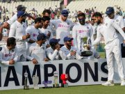 KS Bharath receives Trophy from Virat Kohli