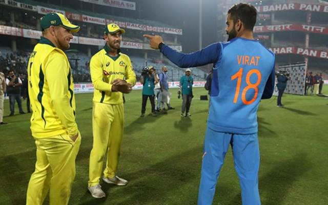 Aaron Finch, Glenn Maxwell and Virat Kohli