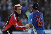 Graeme Swann and Rahul Dravid