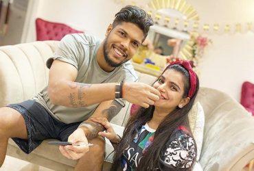 Umesh Yadav and his wife Tanya