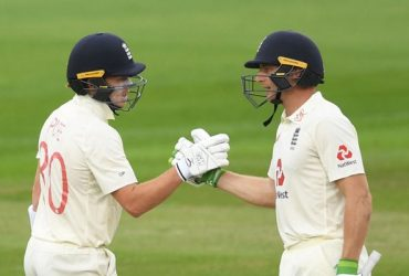 Ollie Pope and Jos Buttler England