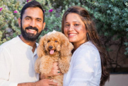 Dinesh Karthik and his wife