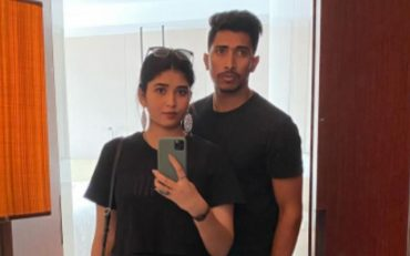 Soumya Sarkar and his wife