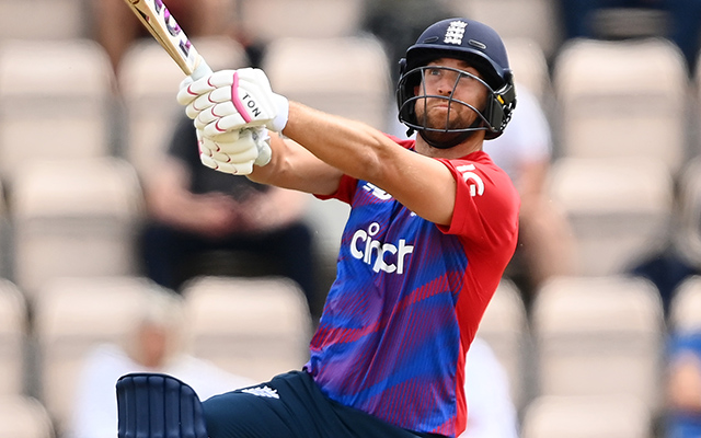 Dawid Malan of England hits out