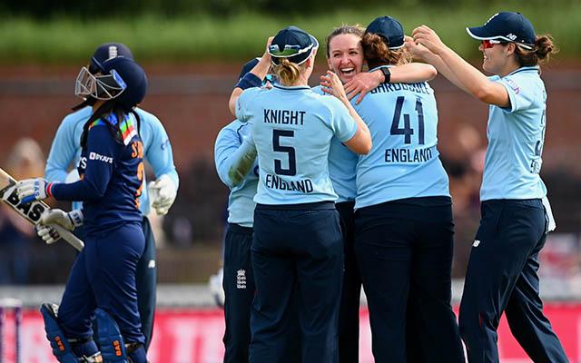 Kate Cross celebrates the wicket