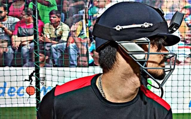 Moksh Murgai batting