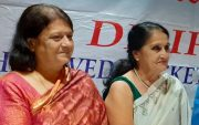 Rekha Wadekar (R) with Sheetal Solkar (L)