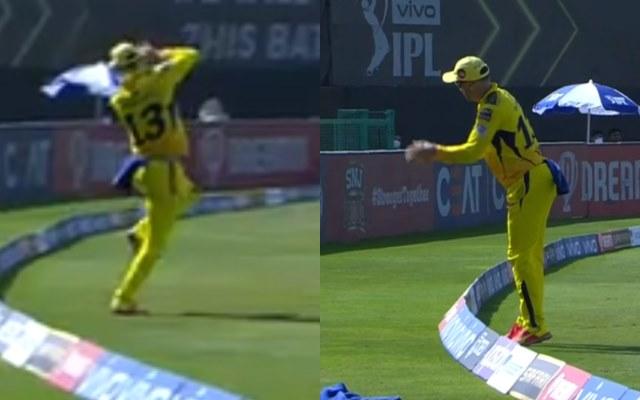 Faf du Plessis catch